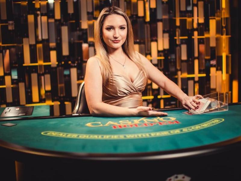 Apa itu Dealer Kasino?